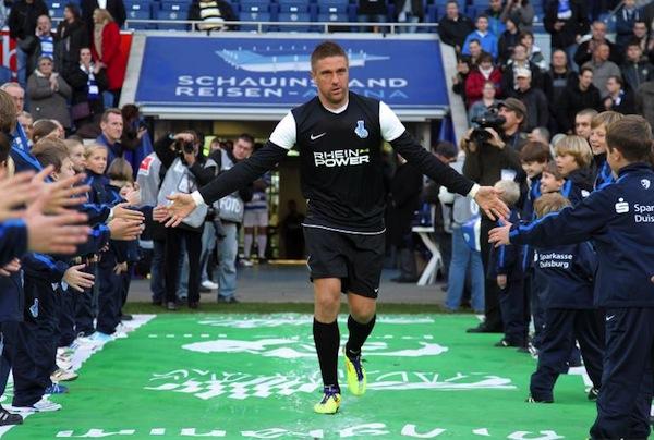 Premier-League-Bolton-Klasnic-imago09006085m