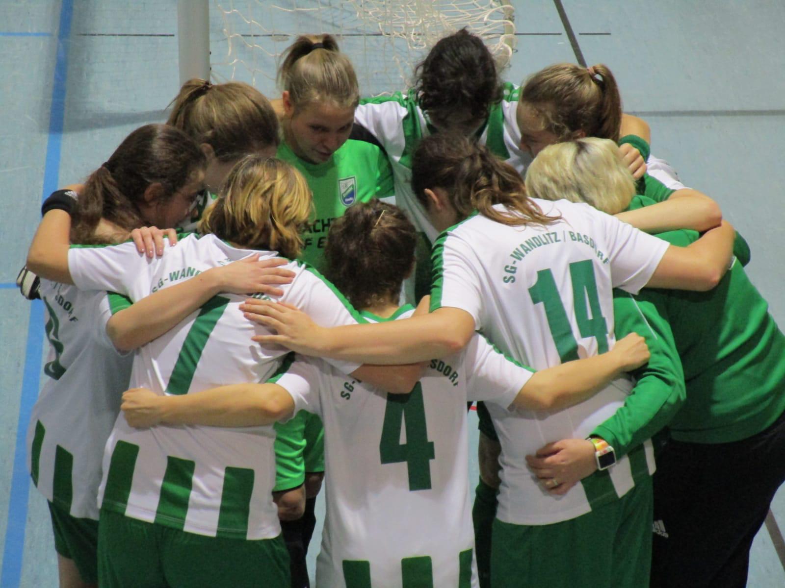 20190113 Frauenmannschaft gewinnt Hallenturnier in Mildenberg