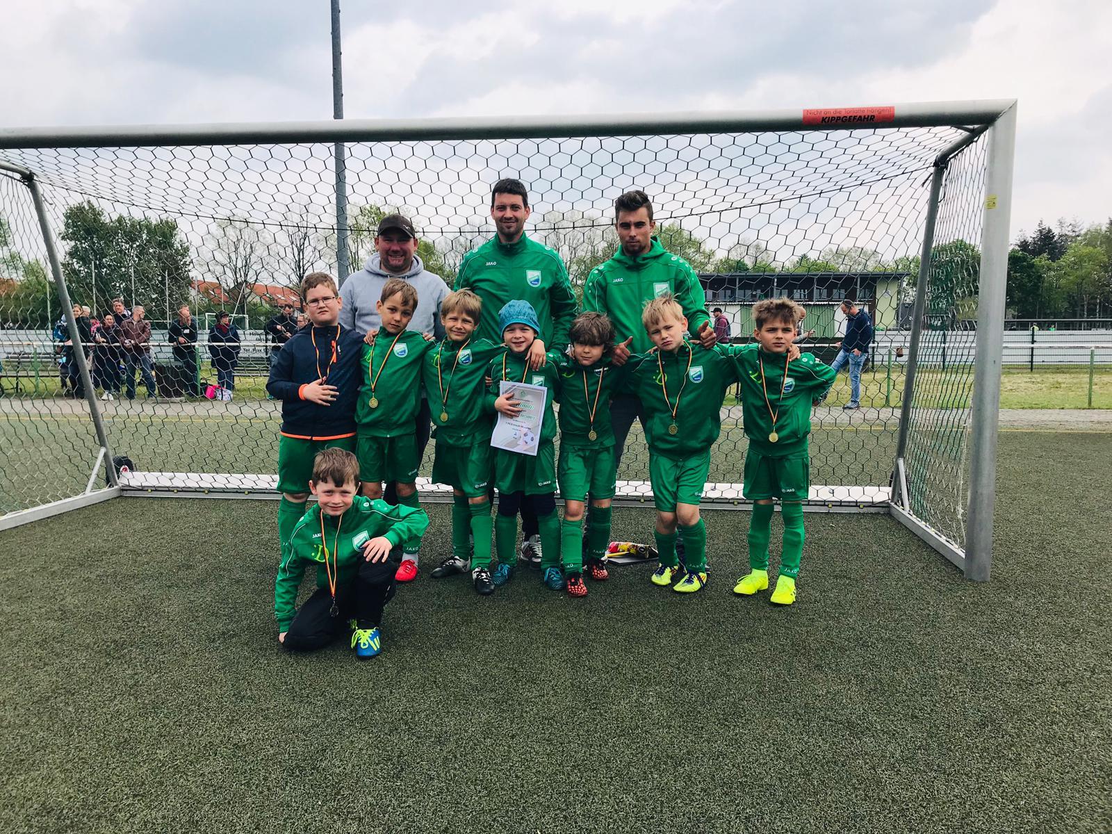 20190427 G-Junioren mit 2. Platz in Ahrensfelde (1)