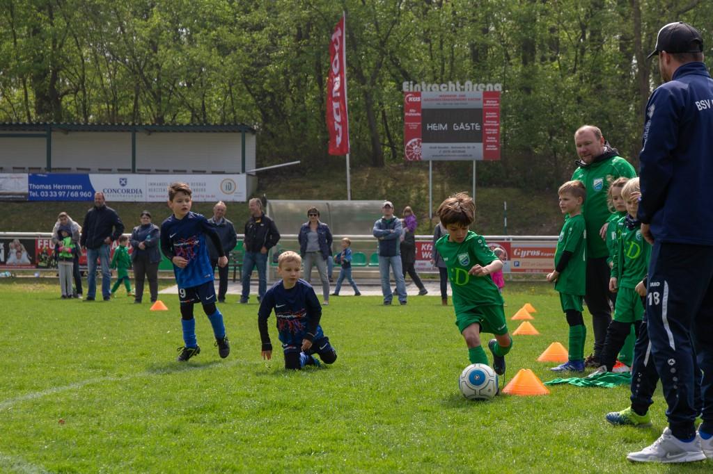 20190501 G-Junioren (Jahrgang 2012) beim Maifest (8)